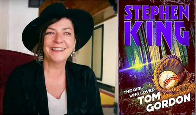 """Lynne Ramsay em entrevista ao canal """"The UpComing' no Youtube/Capa do livro de Stephen King (Reprodução)"""