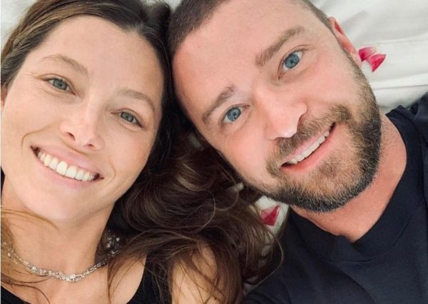 Jessica Biel e Justin Timberlake em foto publicada no Instagram (Reprodução)