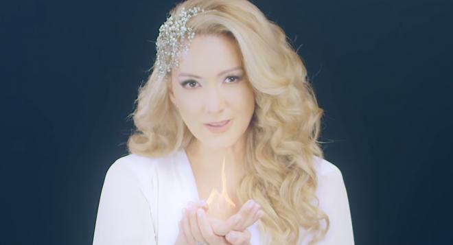 Erika Ender lança novo álbum com covers e inéditas (Reprodução)