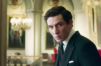 """Josh O'Connor interpreta o príncipe Charles nas temporadas 3 e 4 de """"The Crown"""" (Reprodução)"""