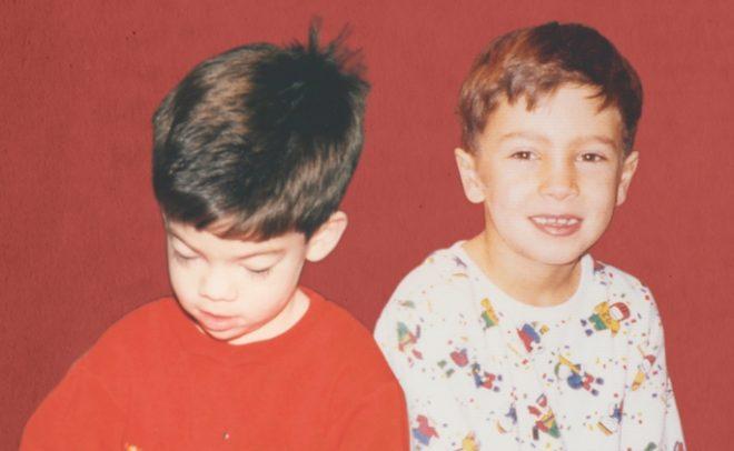 """Último single do duo foi """"Level of Concern"""" (Divulgação)"""