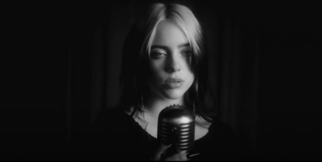 Billie é a artista mais jovem a gravar uma música para a franquia 007 (Reprodução)