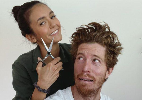 Nina Dobrev e Shaun White em foto publicada no Instagram (Reprodução)