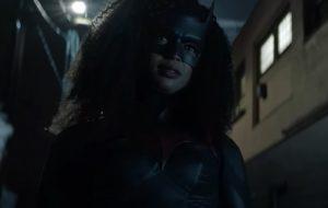 """""""Batwoman"""": Primeiro episódio da segunda temporada apresenta personagem de Javicia Leslie"""
