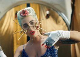 """Lady Gaga lança remixes para """"911""""; Bruno Martini, Sofi Tukker e Weiss assinam versões"""
