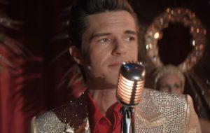 """The Killers lança nova música, """"C'est La Vie"""", como parte da versão deluxe do álbum """"Imploding the Mirage"""""""
