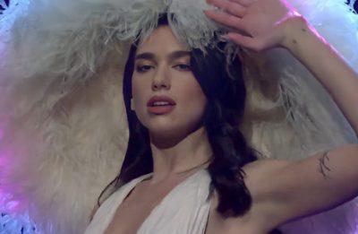 A cantora é capa da edição de fevereiro da Vogue britânica (Reprodução)