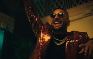 Maluma comemora aniversário de 27 anos com estreia surpresa de álbum visual