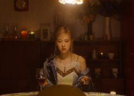 Rosé, integrante do BLACKPINK, curte a própria solidão em teaser de projeto solo