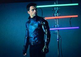 """Sebastian Stan divulga imagem de teste de câmera para """"Falcão e o Soldado Invernal"""""""