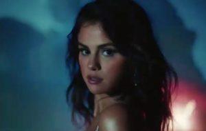 """Selena Gomez surge belíssima em teaser do clipe de """"Baila Conmigo"""""""