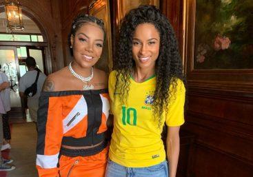 Artista carioca lançou disco ao vivo nesta semana (Foto: Reprodução)