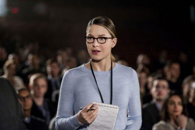 """A atriz vive Kara Danvers em """"Supergirl"""" (Diyah Pera / The CW / Divulgação)"""