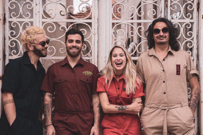 """Lançamento mais recente do quarteto havia sido o EP """"Risco de Sol"""" (2020) (Foto: Victor Abex)"""