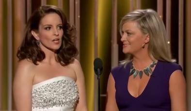As atrizes apresentaram a cerimônia de 2015 (Reprodução / Youtube)