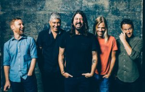 "Foo Fighters lança animado ""Medicine At Midnight"", décimo álbum da banda"