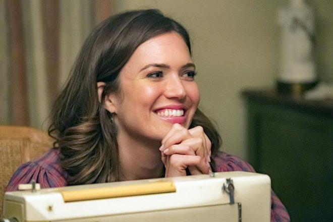 """A atriz interpreta Rebecca em """"This Is Us"""" (Ron Batzdorff / NBC / Divulgação)"""