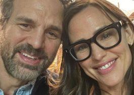 """Reunião de """"De Repente 30""""! Mark Ruffalo e Jennifer Garner publicam foto juntos"""