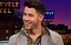 """Nick Jonas será atração musical e apresentador do """"Saturday Night Live"""" na próxima semana"""
