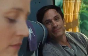 """Old"", novo filme de M. Night Shyamalan, ganha teaser misterioso com Gael García Bernal"
