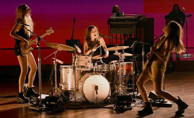 A banda está indicada aos prêmios de Melhor Álbum do Ano e Melhor Performance de Rock (Getty Images)