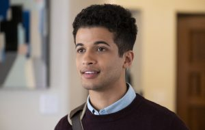 "Jordan Fisher interpretará Bart Allen na sétima temporada de ""The Flash"""