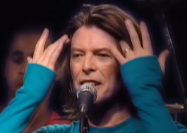 """David Bowie: vídeo com apresentação rara de """"Life on Mars?"""" em Paris é resgatado"""