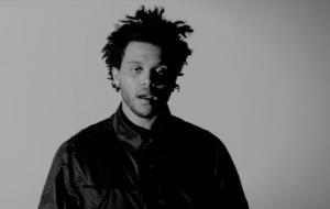 """The Weeknd anuncia lançamento de """"House of Balloons"""" nas plataformas digitais"""