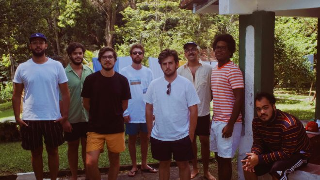 Faixa, que estreia no fim de semana, foi produzida à distância (Foto: Divulgação)