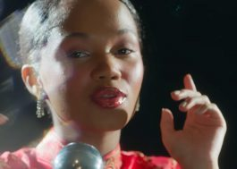 """Agnes Nunes lança o single """"Vish"""" e fala ao Papelpop sobre desilusão amorosa adolescente"""