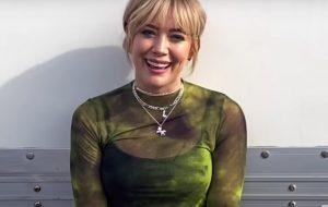"""Hilary Duff estrelará série derivada de """"How I Met Your Mother"""""""