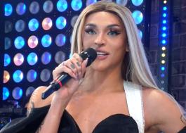 """Pabllo Vittar canta trecho de nova música no BBB21 e anuncia: """"Estou noiva!"""""""