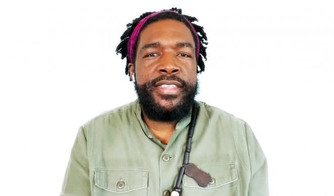 Ele foi o diretor musical e DJ da premiação no último domingo, dia 25 (Reprodução / Youtube)