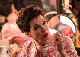"""Renée Zellweger vai estrelar e produzir a comédia """"The Back Nine"""""""