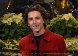 "Timothée Chalamet participa de esquete musical no ""Saturday Night Live"""