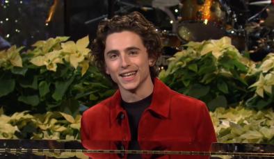 """O ator apresentou um episódio do """"SNL"""" em dezembro do ano passado (Reprodução / Youtube)"""