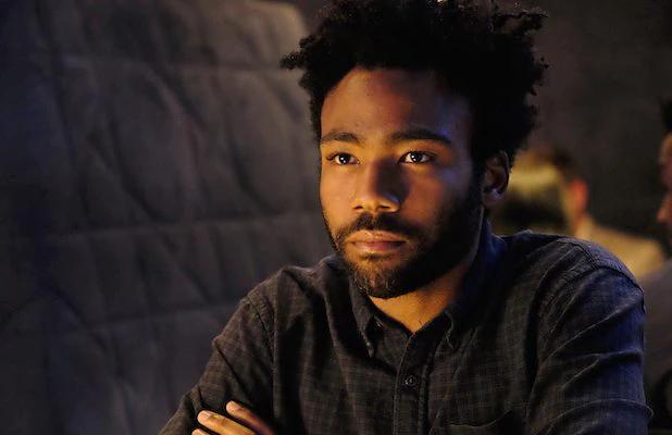 O ator interpreta Earnest Marks na série (Reprodução)