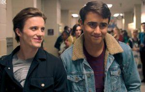 "Victor e Benji enfrentam dificuldades no trailer da 2ª temporada de ""Love, Victor"""