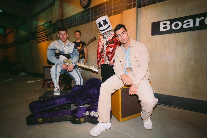 A faixa será apresentada pelo quarteto no palco do Billboard Music Awards 2021 (Divulgação)