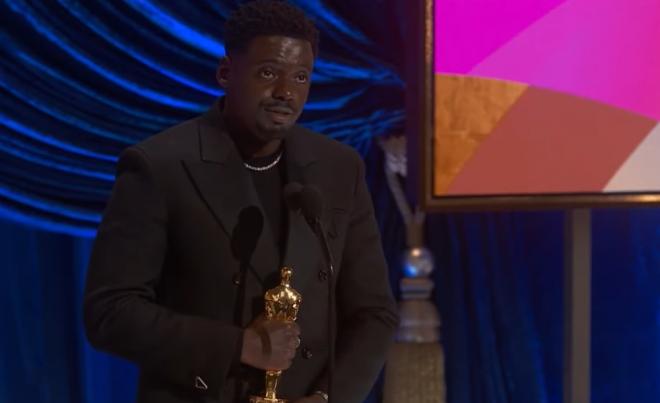 Daniel Kaluuya foi um dos atores premiados no Oscar deste ano (Reprodução / YouTube)