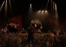 "Rag'n'Bone Man e P!nk apresentam ""Anywhere Away From Here"" no BRIT Awards"