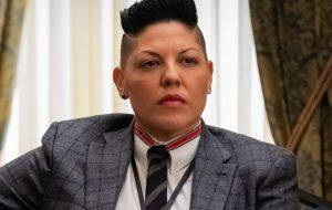 """Sara Ramírez entra para elenco de série derivada de """"Sex and the City"""""""