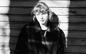 Taylor Swift receberá o prêmio de Ícone Global no BRIT Awards 2021