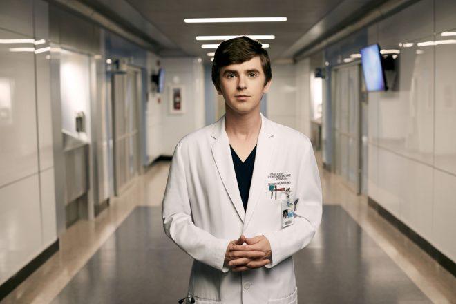 Na série, Freddie Highmore interpreta o jovem Dr. Shaun Murphy (Art Streiber / ABC / Divulgação)