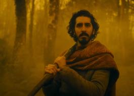 """Sombrio trailer de """"The Green Knight"""" mergulha na mitologia do longa"""