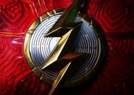 """Diretor de """"The Flash"""" compartilha nova imagem do logo oficial"""