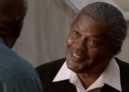 "Clarence Williams III, de ""Purple Rain"" e ""Todo Mundo Odeia o Chris"", morre aos 81 anos"