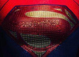 """""""The Flash"""": diretor revela parte do traje usado por Supergirl no filme"""