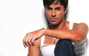 Enrique Iglesias: 5 discos essenciais do astro espanhol para se apaixonar e dançar