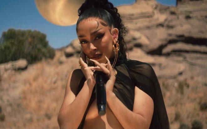 """A canção faz parte do álbum """"Planet Her"""" (Reprodução)"""
